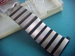 画像1: ベアー70バネ式ステンレス&黒 ブレス18〜22mm未使用デッドストック