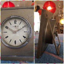 画像2: 東京時計 TOKYO CLOCK スタンド ゼンマイ手巻き 置時計 昭和レトロ